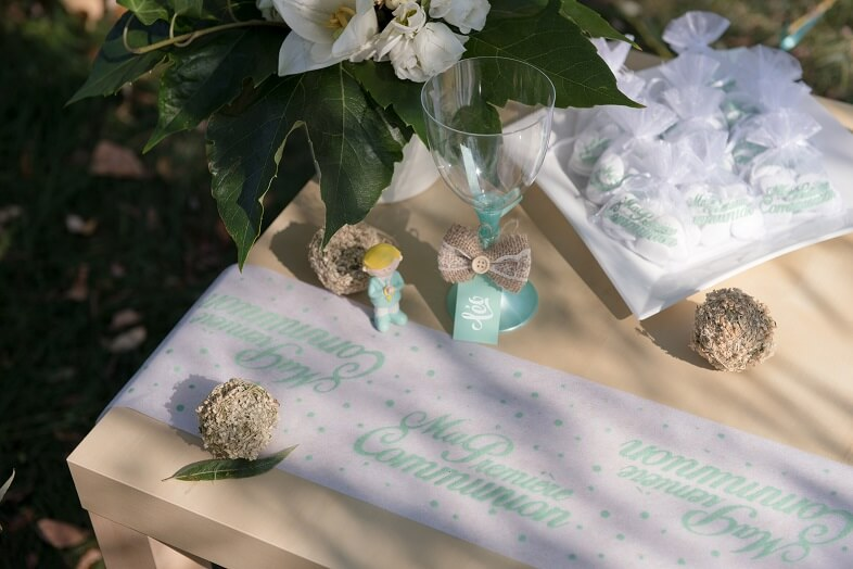 Decoration de table communion mint