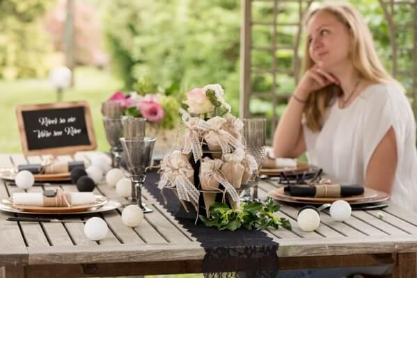 Decoration de table dentelle 2