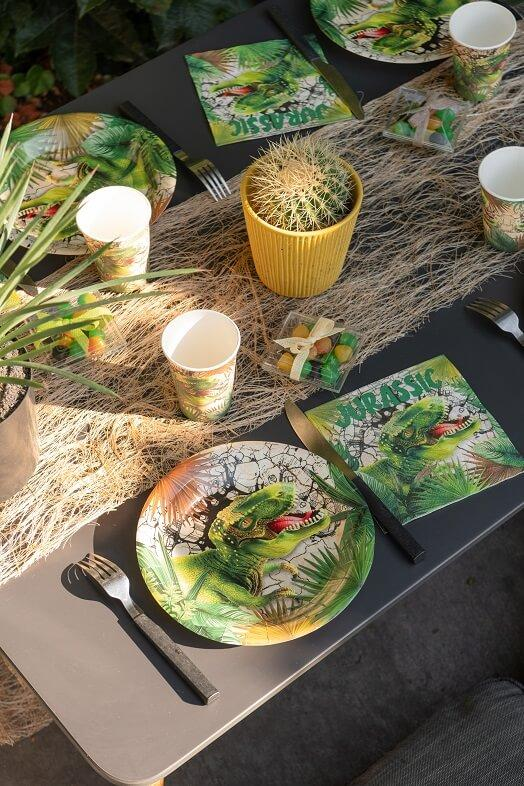 Decoration de table dinosaure jurassic