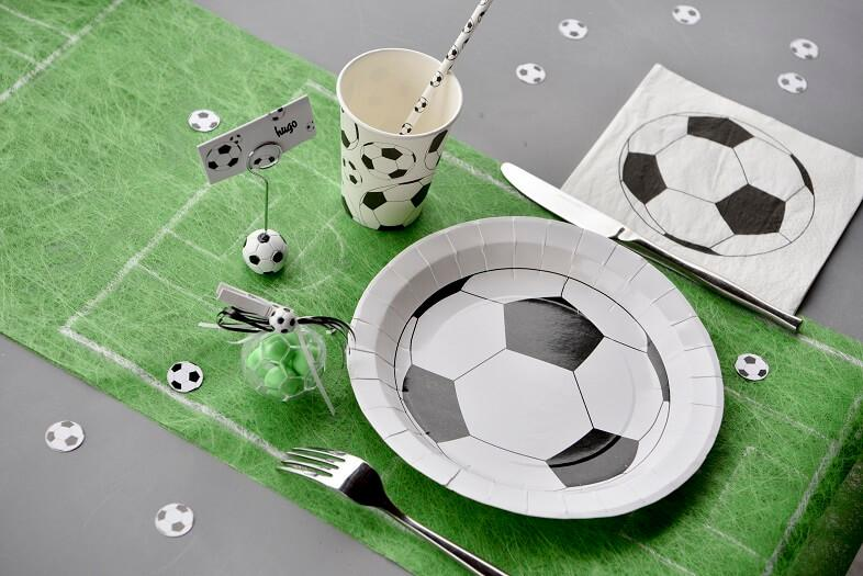 Decoration de table football avec assiette