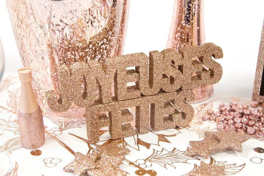 Decoration de table joyeuses fetes lettre rose gold paillete