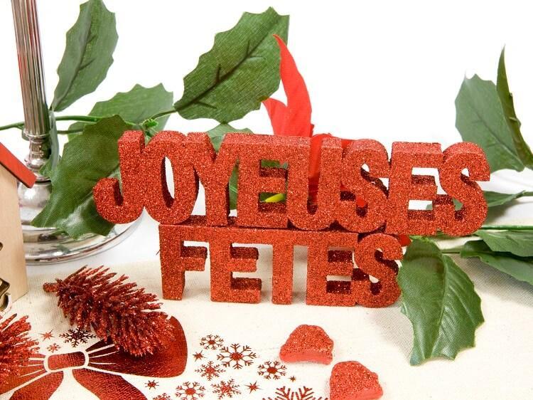 Decoration de table joyeuses fetes rouge pailletee