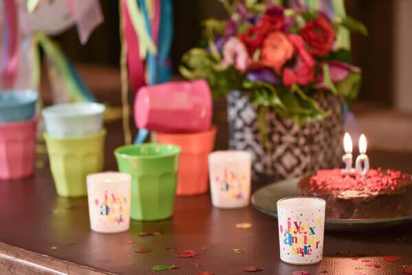 Decoration de table joyeux anniversaire