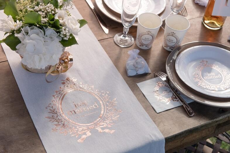 Decoration de table mariage just married rose gold