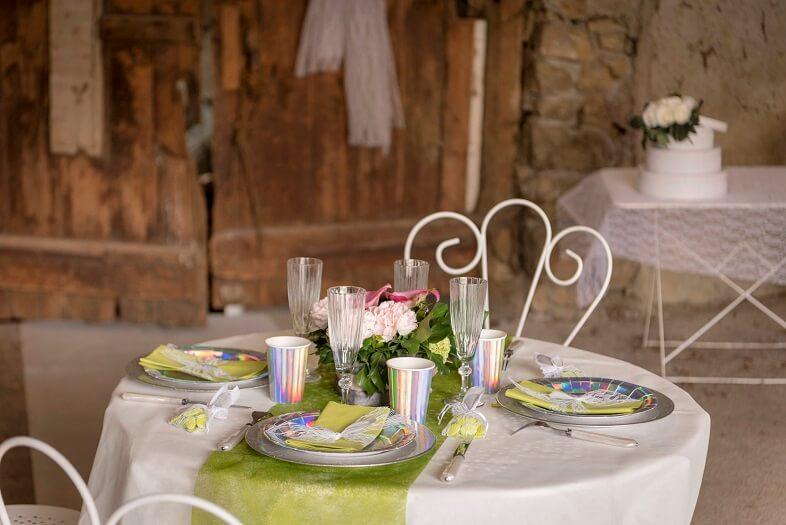 Decoration de table mariage verte et blanche