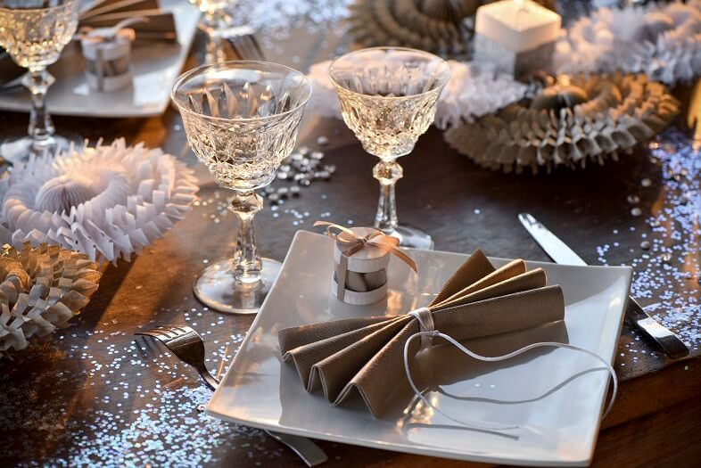 Decoration de table marron et blanc