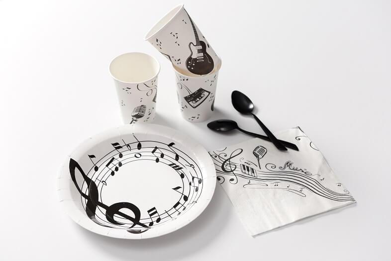 Decoration de table musique avec gobelet
