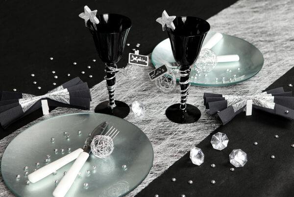 Decoration de table noir et argent 1