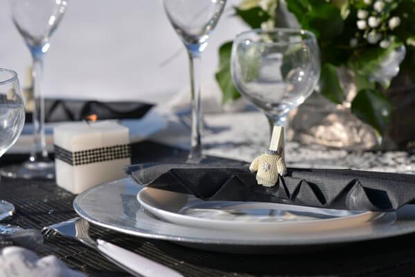 Decoration de table noire et argent 2