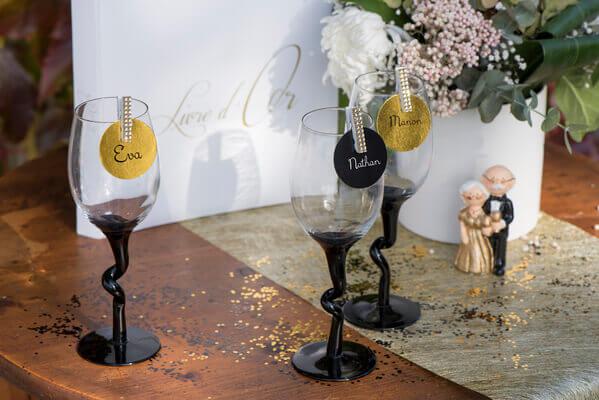 Decoration de table noire et or 1