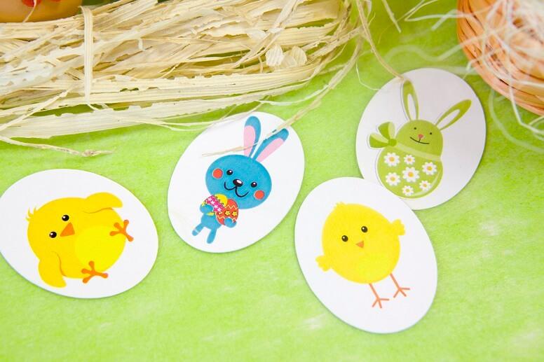 Decoration de table paques lapin et poussin