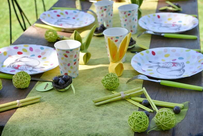 Decoration de table paques vert