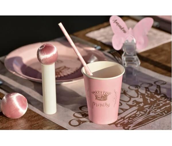 Decoration de table princesse rose avec gobelet