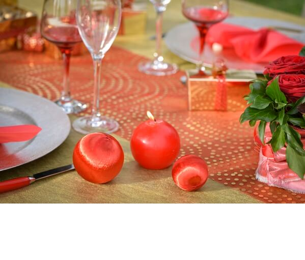 Decoration de table rouge et or