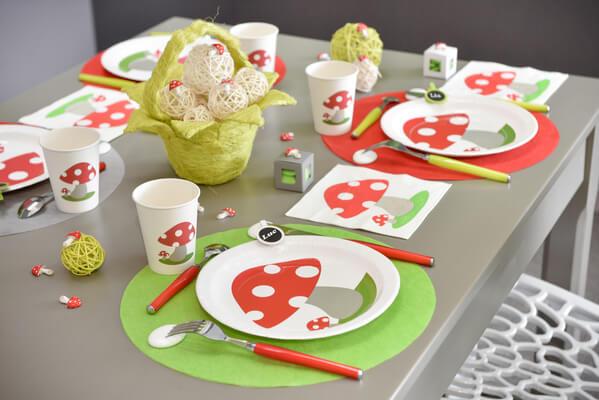 Decoration de table rouge