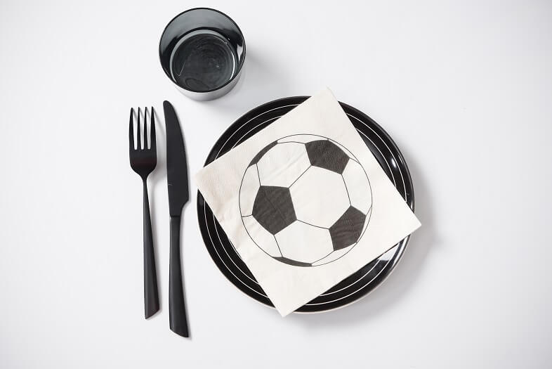 Decoration de table serviette football blanche et noire