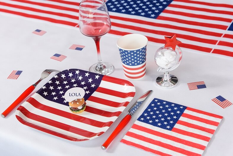 Decoration de table usa avec serviette