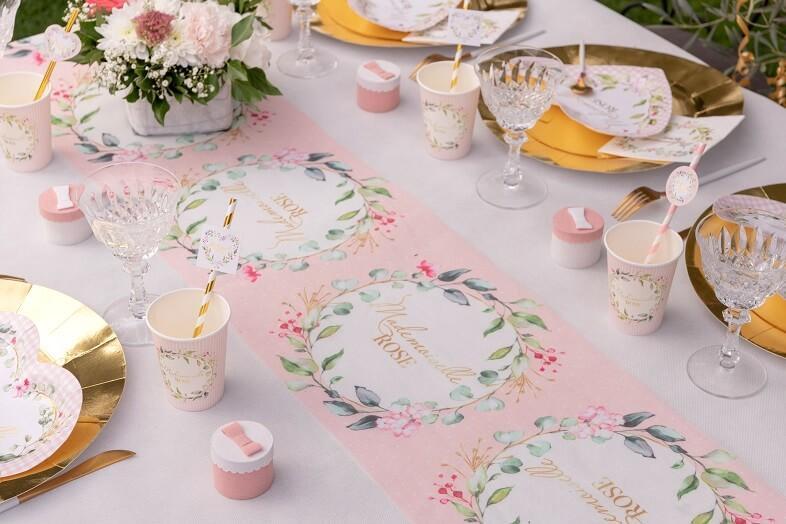 Decoration de table vaisselle baby shower rose fille fleurs