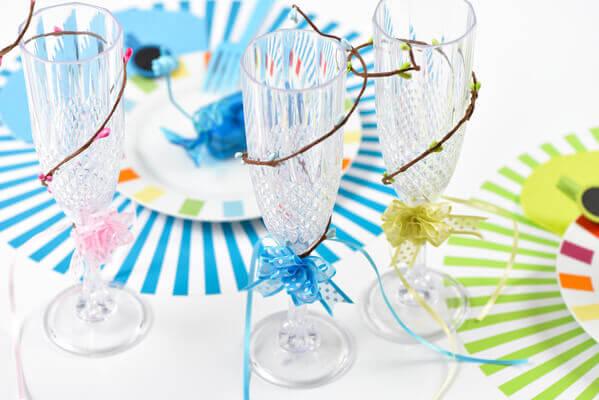 Decoration de verre avec noeud bleu turquoise