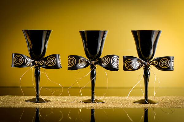 Decoration de verre or et noir