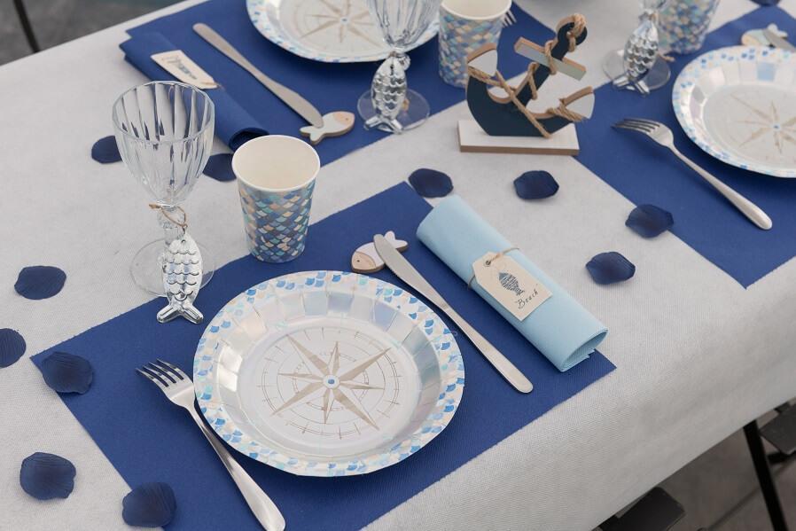 Decoration fete set de table bleu royal tissu airlaid