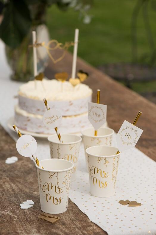 Decoration gateau de mariage blanc et or
