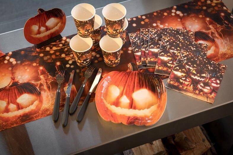 Decoration halloween citrouilles et lanternes gobelet carton