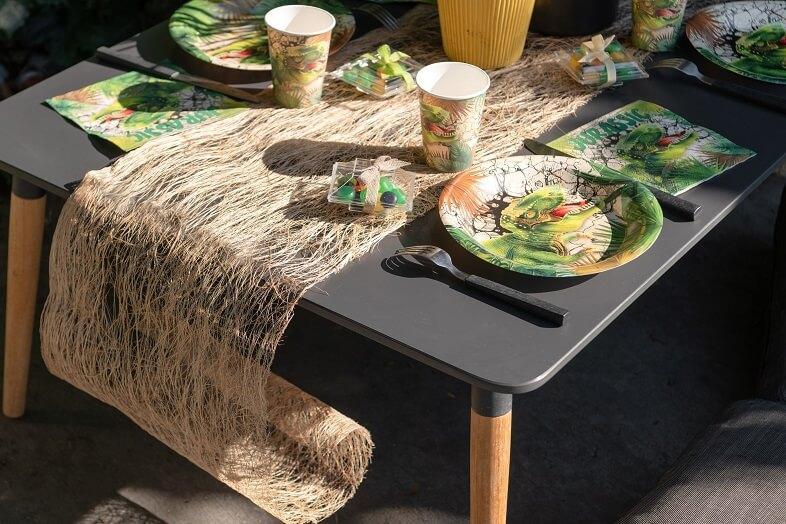 Decoration naturel avec chemin de table abaca