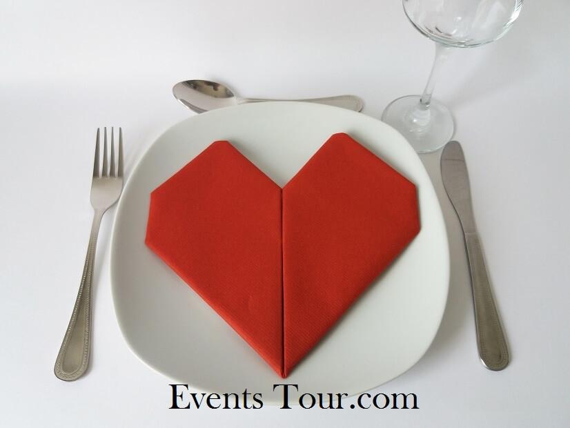 Decoration pliage de serviette mariage coeur rouge