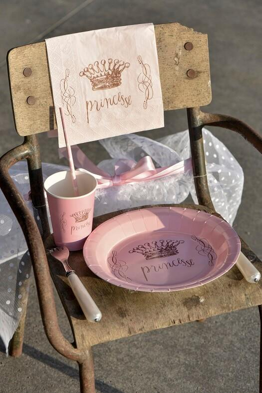 Decoration princesse rose avec gobelet
