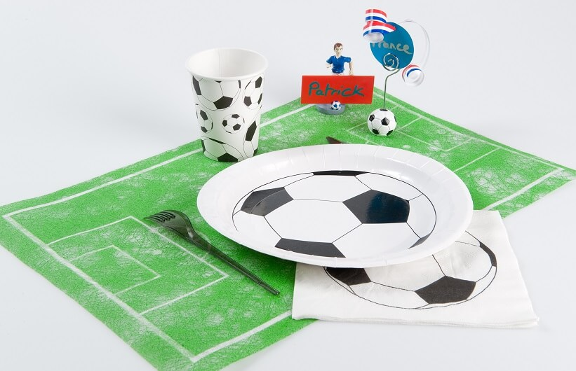 Decoration serviette de table football noire et blanche