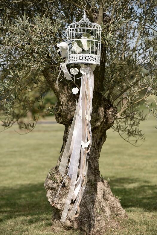 Decoration urne cage blanche pour mariage