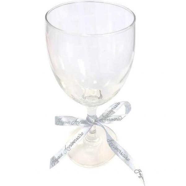 Decoration verre avec ruban joyeux anniversaire blanc