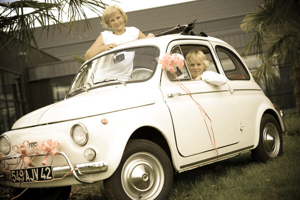Decoration voiture mariage rose