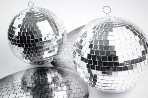 Disco et boule à facettes