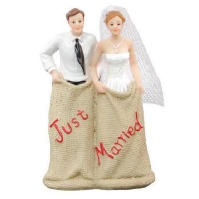 Figurine mariage: Course de sacs (x1) REF/80373