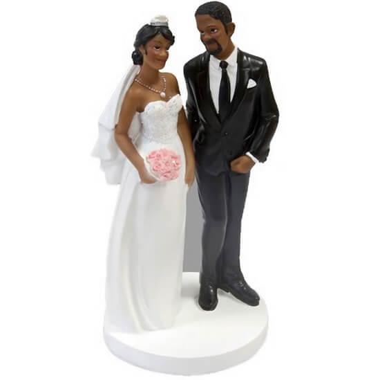 Figurine piece montee de mariage couple de maries heureux