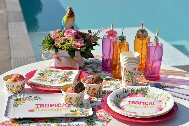 Gobelet en carton ile tropicale