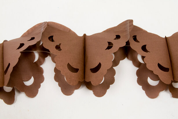 Guirlande papillon marron