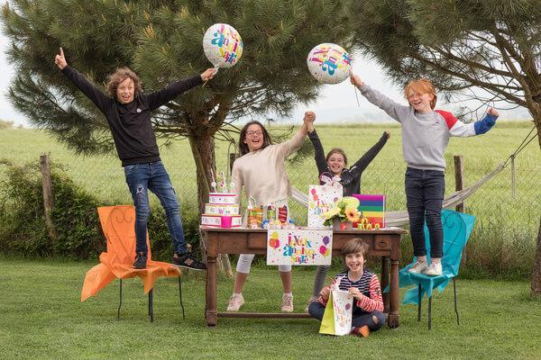 Jeux de ballon pour enfant course aux pots