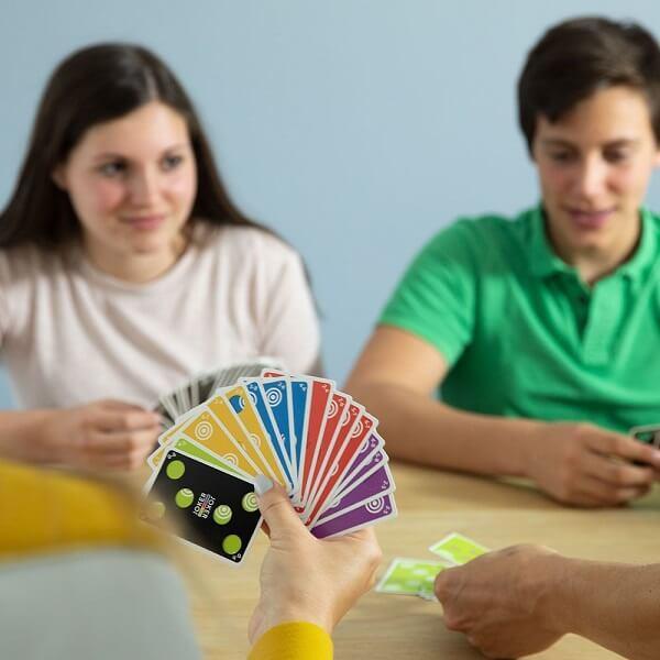 Jeux de cartes familial combo gagnant smartgames