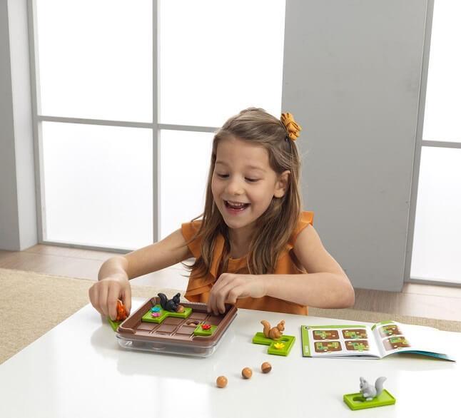 Jeux jouets educatif de reflexion cache noisette ecureuil