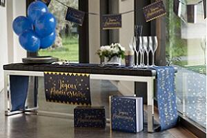 Joyeux anniversaire en bleu marine et or