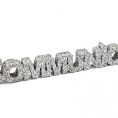 Lettre pailletée communion argent 15,5cm (x1) REF/DEC766