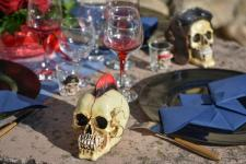Location Halloween avec tête de mort et sa crête (x1) REF/EV-415