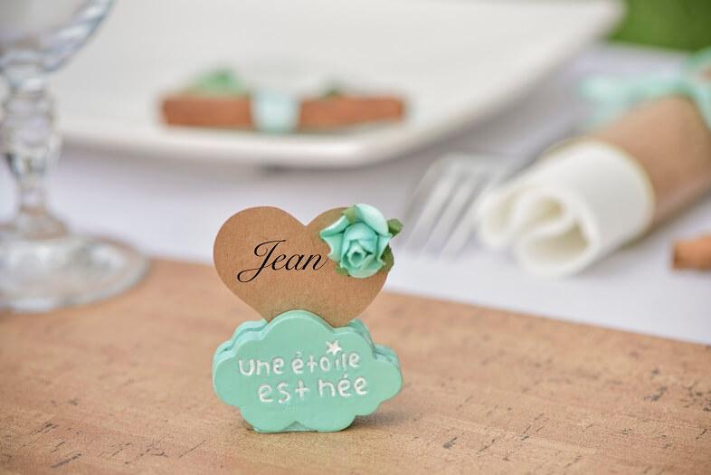 Marque place coeur mariage sur nuage