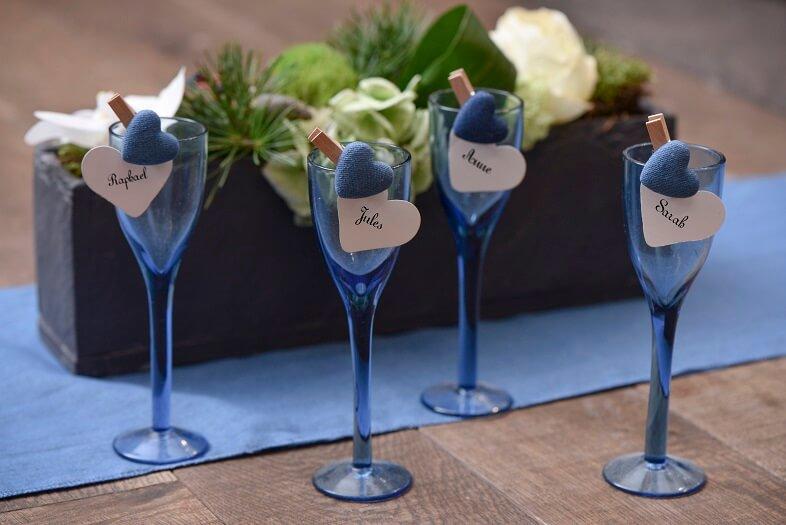 Marque place mariage coeur sur verre