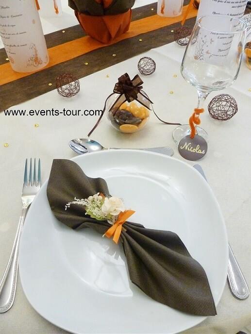 Menu photophore baroque arabesque orange et chocolat