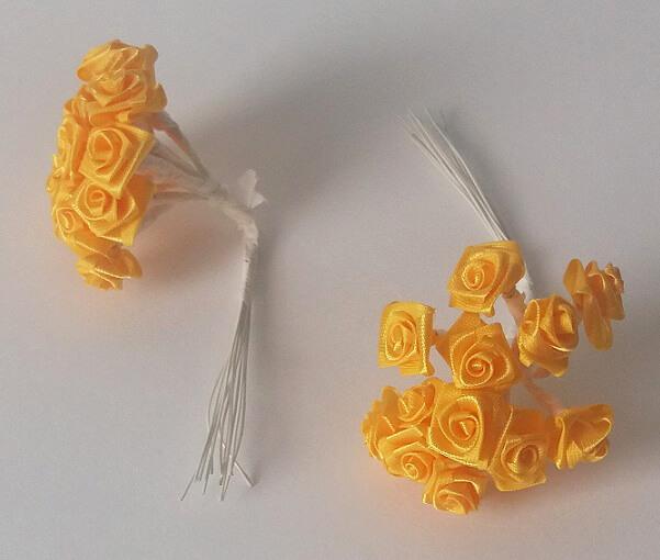 Mini rose jaune 1