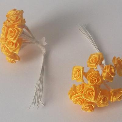 Mini rose jaune bouton d'or (x72) REF/FL520
